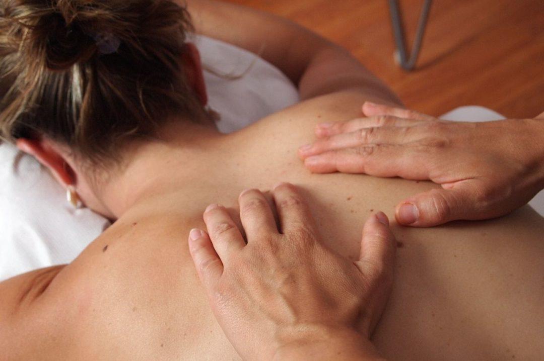 Massage du dos et des membres supérieurs